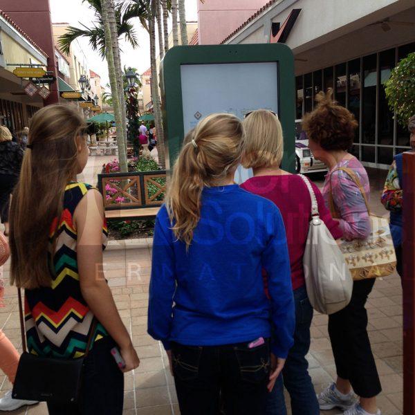 miromar mall outdoor kiosk